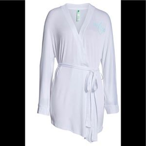 NWT Honeydew Intimates Wifey Robe White L/8-10